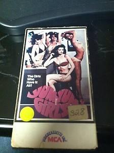 Sum Yum Girls VHS Slip Judy Landers Tanya Roberts Barbara Tully 1978 MCA
