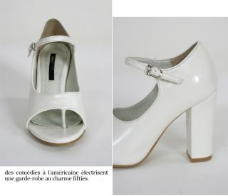 Designer Inspired Coco Cruise White Thong Pumps Open Toe Sandals