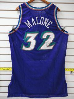 Karl Malone #32 Autographed Utah Jazz Champion NBA Jersey PSA / DNA