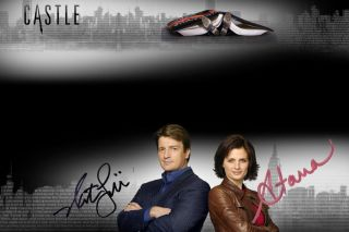 Nathan Fillion Stana Katic from Castle Autograph