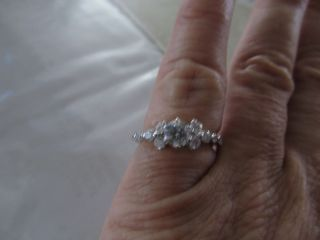 Kay Jewelers Diamond Engagement Ring 1 carat Round Cut 14Kt White Gold