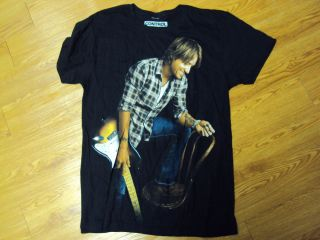 Keith Urban Defying Gravity Tshirt Sizemed L Never Worn Black