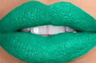 Keyshia KaOIR Kaoir Force Bright Green Bold Lipstick