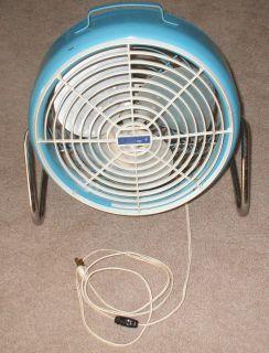 Lakewood Fan Retro Baby Blue Table Fan 1950s Fan 12 inch Fan