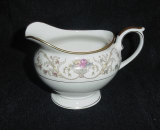 LAMBERTON IVORY CHINA DOROTHEA CREAMER CREAM PITCHER MADE IN AMERICA