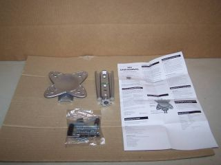 Universal LCD Flat Panel TV Wall Mount by RCA