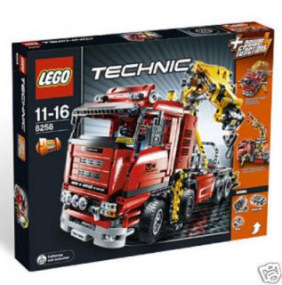 Lego Technic Motorized Crane Truck 8258 SET 1877 PIECE FACTORY SEALED