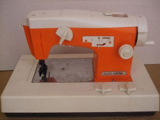VINTAGE TOY SEWING MACHINE ELLEGI LICIA PLASTIC TOY FOR COLLECTORS AS