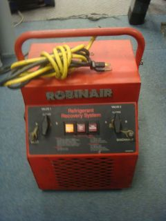Nice, Used Robinair Refrigerant Recycling System   Model 17620 Good