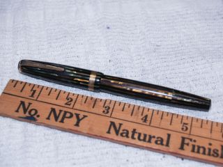 Parker 1945 Brown Green Black Lined Duofold Fountain Pen 917