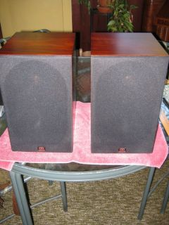 Monitor Audio Bookshelf Speakers MA Gold 700