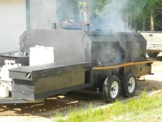 BBQ Smoker Trailer Pig Cooker