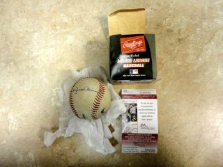 Mariano Rivera Autographed Baseball w JSA Certficiation G88040