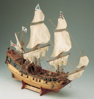 Berlin Corel Wood SHIP Model Kit 1 40 Scale