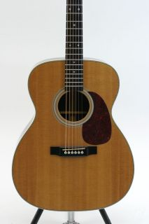 Martin 0000 28H Acoustic Electric Guitar in EXC condition w Hard Case