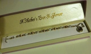Brand New Mothers Love Charm Bracelet with Gift Box Holiday Gift for