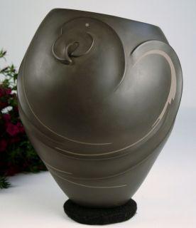 Mata Ortiz Pottery Pabla Quezada Black Clay Macaw Bird Ceramics Fine