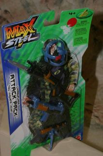 MAX STEEL CAMOUFLAGE ATTACK PACK ACCESSORIES FOR ACTION FIGURE MATTEL