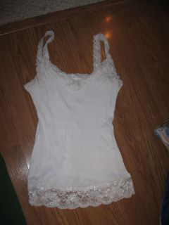 MAURICES White Rib w/ White Lace Accents Unlined Stretch Knit Tank Top