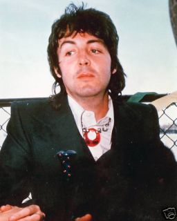 Beatles Paul McCartney Looking A Bit Distracted 73