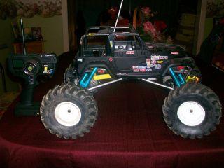 Custom Built RC Rock Crawler 1 8th Scale w Lots Extras Nice