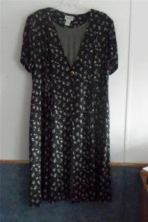 Jamie Brooke Woman 24 3X Black White Rayon Long One Piece Duster Dress