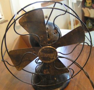 Vintage Black Menominee Electric Fan Type 150