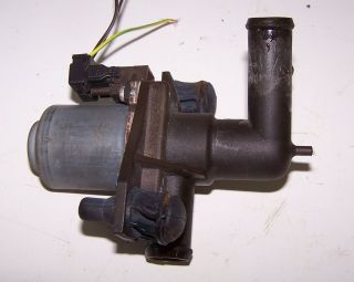 94 1994 95 1995 Mercedes Benz E420 E 420 Coolant Heat Heater Valve