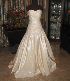 MAGGIE SOTTERO AND MIDGLEY Bridal Gown Wedding Dress Size 10 Lt Gold