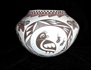 Acoma Pueblo Native American Indian Mimbres Hand Coiled Pottery