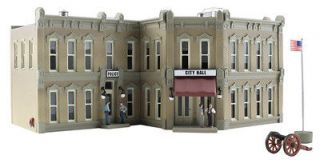 WOODLAND SCENICS Municipal Building   HO Scale BR5030