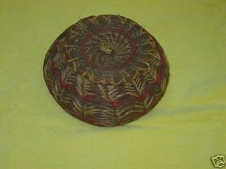Native American Iroquois pine needle wood lidded basket