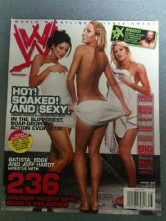 WWE female wrestling magazine/Diva TRISH STRATUS 2006
