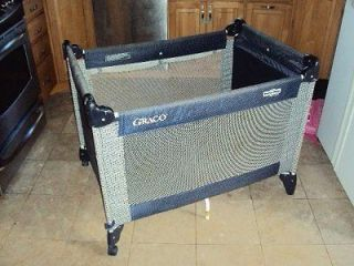GRACO PACK & PLAY NAVY BLUE PLAYPEN BABY INFANT LOCAL PICK UP ONLY RED