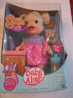 Baby Alive First New Teeth Baby Doll Drinks & Wets Spoon ...  |Baby Alive New Teeth