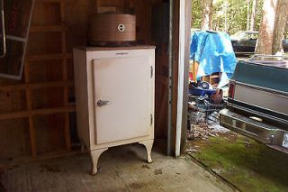 GE monitor top fridge, CA 2 316, located coastal Maine PICK UP ONLY