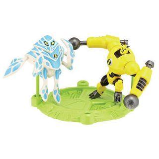 Ben 10 Heroes Action Figure   Armodrillo & Amphibian