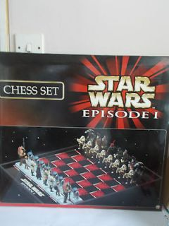 Star Wars   Episode I Chess Set