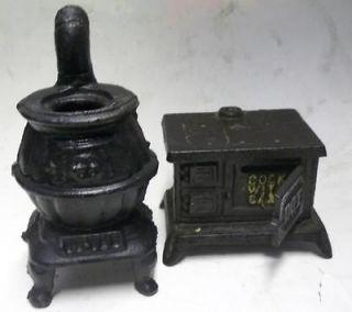 dot pot belly Cast Iron Cooking Oven Set Miniature sample Wood Burning
