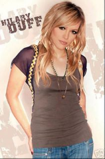 POSTER #8578 GR 22 X 34 HILARY DUFF   POSED