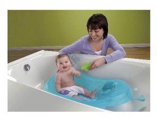 Fisher Price Ocean Wonders Aquarium Newborn Bath Center