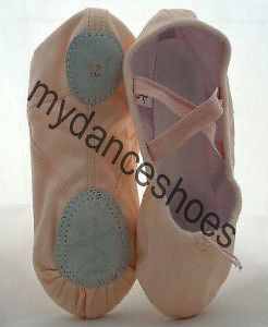 BALLET DANCE SHOES SLIPPERS New Pink Child size 2.5