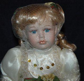 Duck House Heirloom Ltd Ed 0312/5000 Porcelain Doll Faith 15 Music
