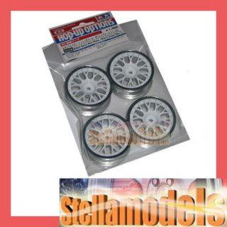84249 TAMIYA Medium Narrow Mesh Wheels (White & Chrome Rims/+2 )