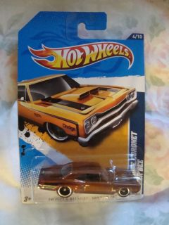 Hot Wheels 2012 Super 69 Dodge Coronet Super Bee
