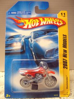 Hot Wheels 2007 New Models Red Wastelander Dirt Bike 11 NOC