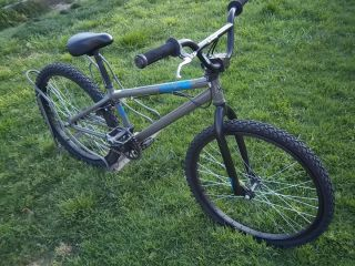 2008 Haro Backtrail x 24 Cruiser BMX Bike 24 Wheels Size