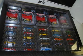 Hot Wheels Hot Wheels Garage Set of 30 SM