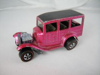 1969 Hot Wheels Redline Hard To Find Creamy Pink Classic 31 Ford Woody