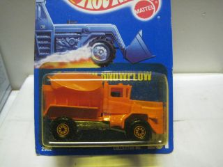 WHEELS BLUE CARD SERIES MINT ON CARD 201 OSHKOSH SNOWPLOW W CT WHEELS